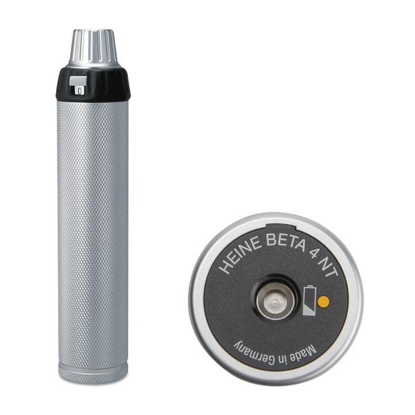 Manico ricaricabile HEINE® BETA® 4 con accessori